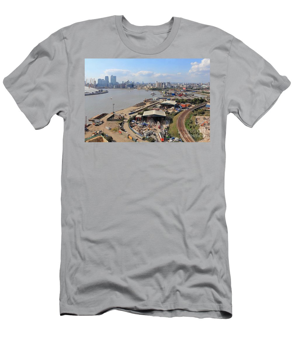London Skyline Men's T-Shirt (Athletic Fit) featuring the photograph Greenwich London by Julia Gavin