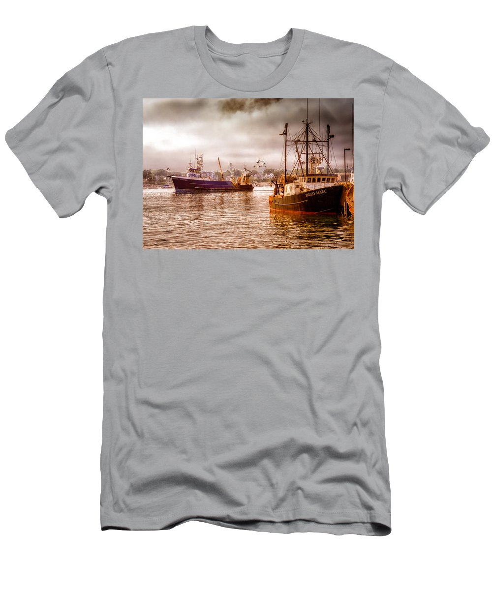 Seascape.dreamscape Men's T-Shirt (Athletic Fit) featuring the photograph Heading Out by Bob Orsillo