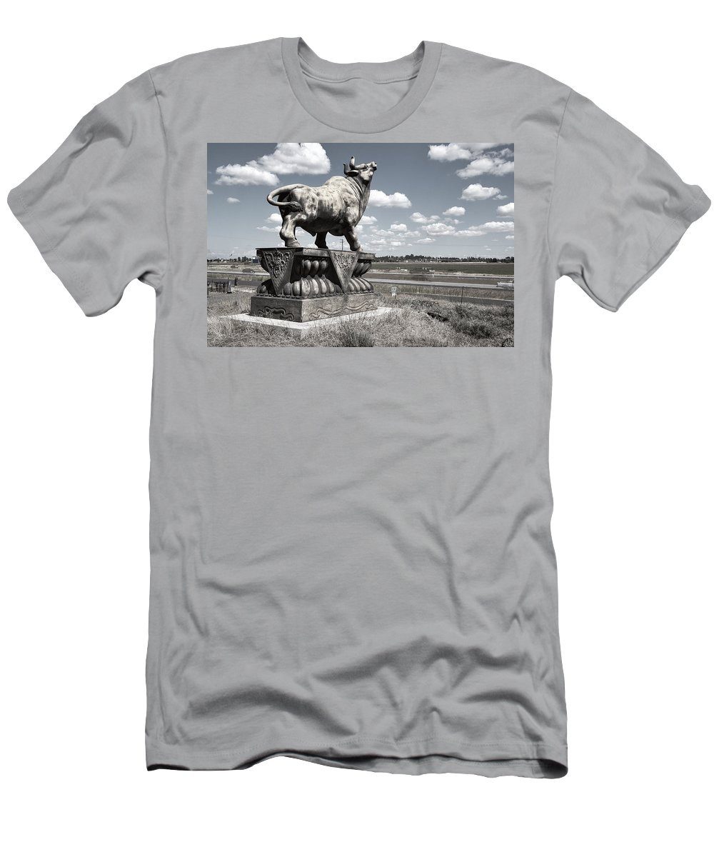 Bull Men's T-Shirt (Athletic Fit) featuring the photograph Highway Bull by Daniel Hagerman