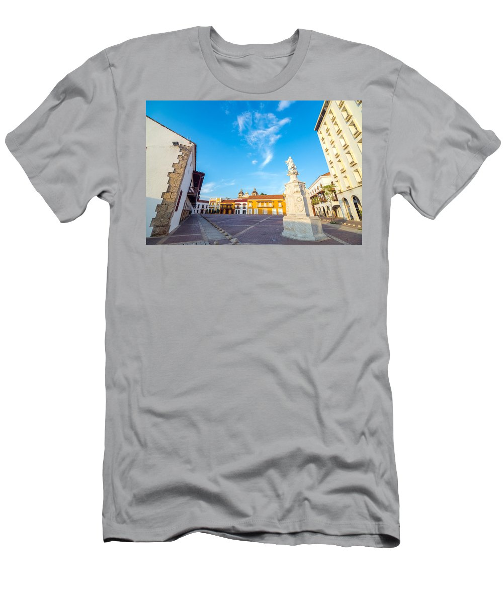 Colombia Men's T-Shirt (Athletic Fit) featuring the photograph Historic Plaza In Cartagena Colombia by Jess Kraft
