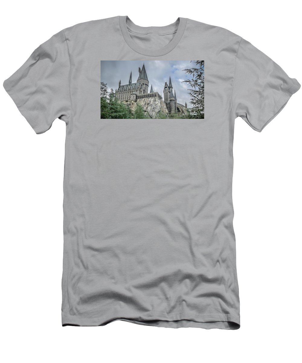 Florida Men's T-Shirt (Athletic Fit) featuring the photograph Hogswarts Castle by Edward Fielding