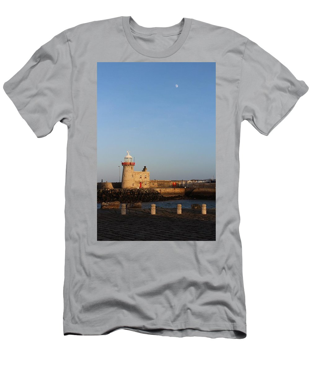 Howth Lighthouse Men's T-Shirt (Athletic Fit) featuring the photograph Howth Lighthouse by Robert Phelan