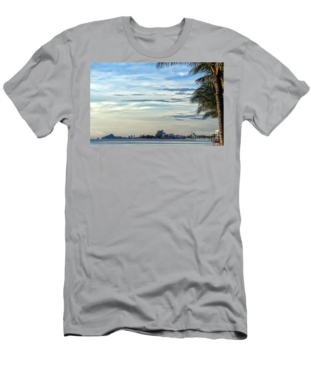 Hotels Men's T-Shirt (Athletic Fit) featuring the photograph Hua Hin Coastline 02 by Antony McAulay