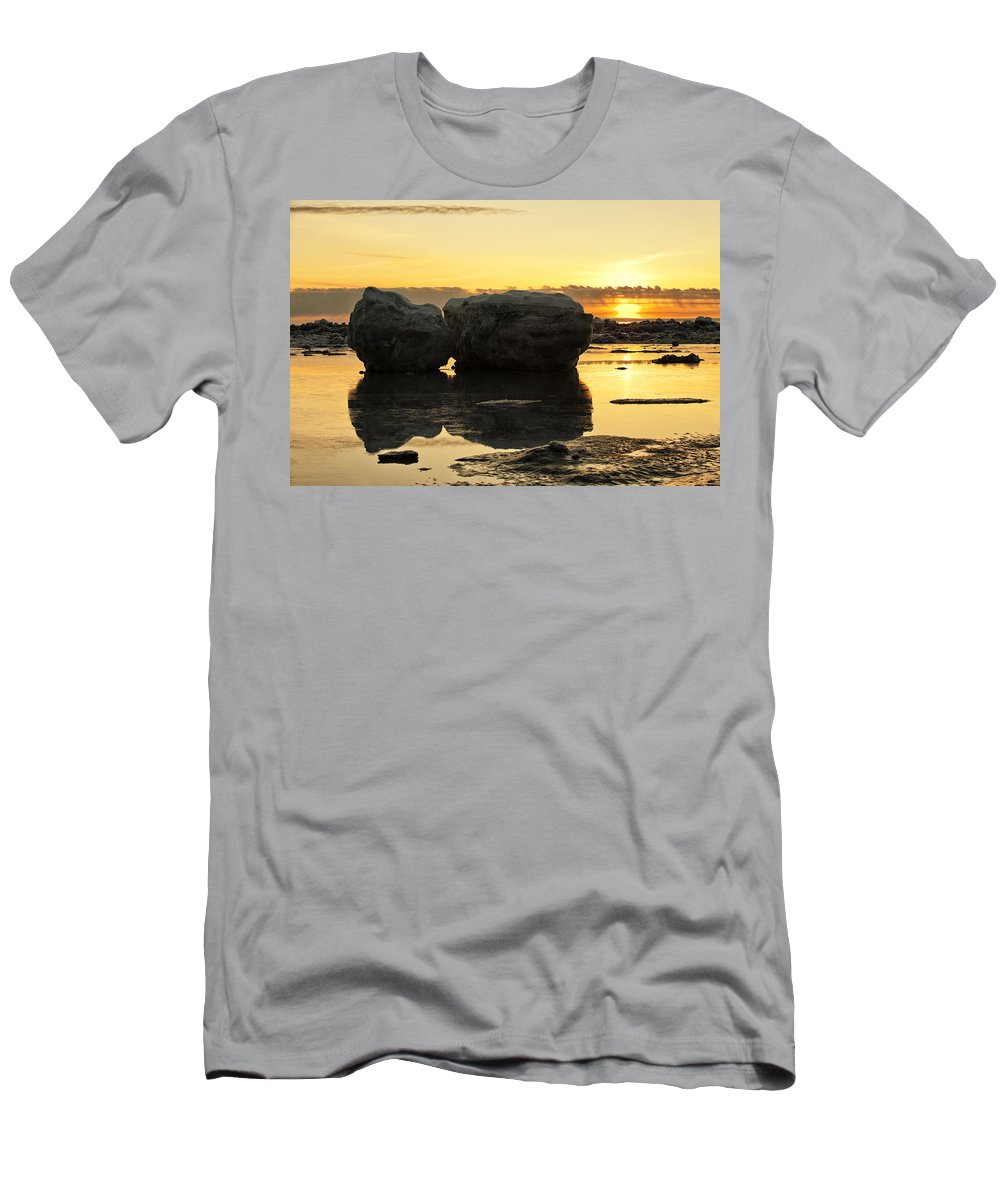 Sunset Men's T-Shirt (Athletic Fit) featuring the photograph It's Golden by Ted Raynor