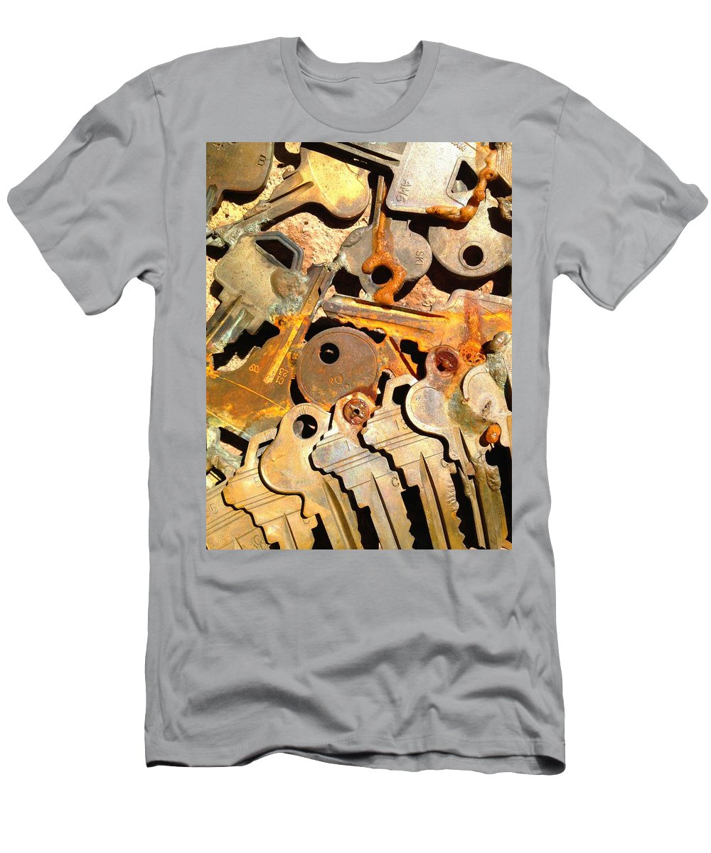 Keys Men's T-Shirt (Athletic Fit) featuring the photograph Keys by H James Hoff