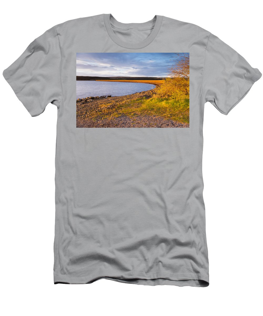 Northumberland Men's T-Shirt (Athletic Fit) featuring the photograph Kielder Dam In Late Evening by David Head