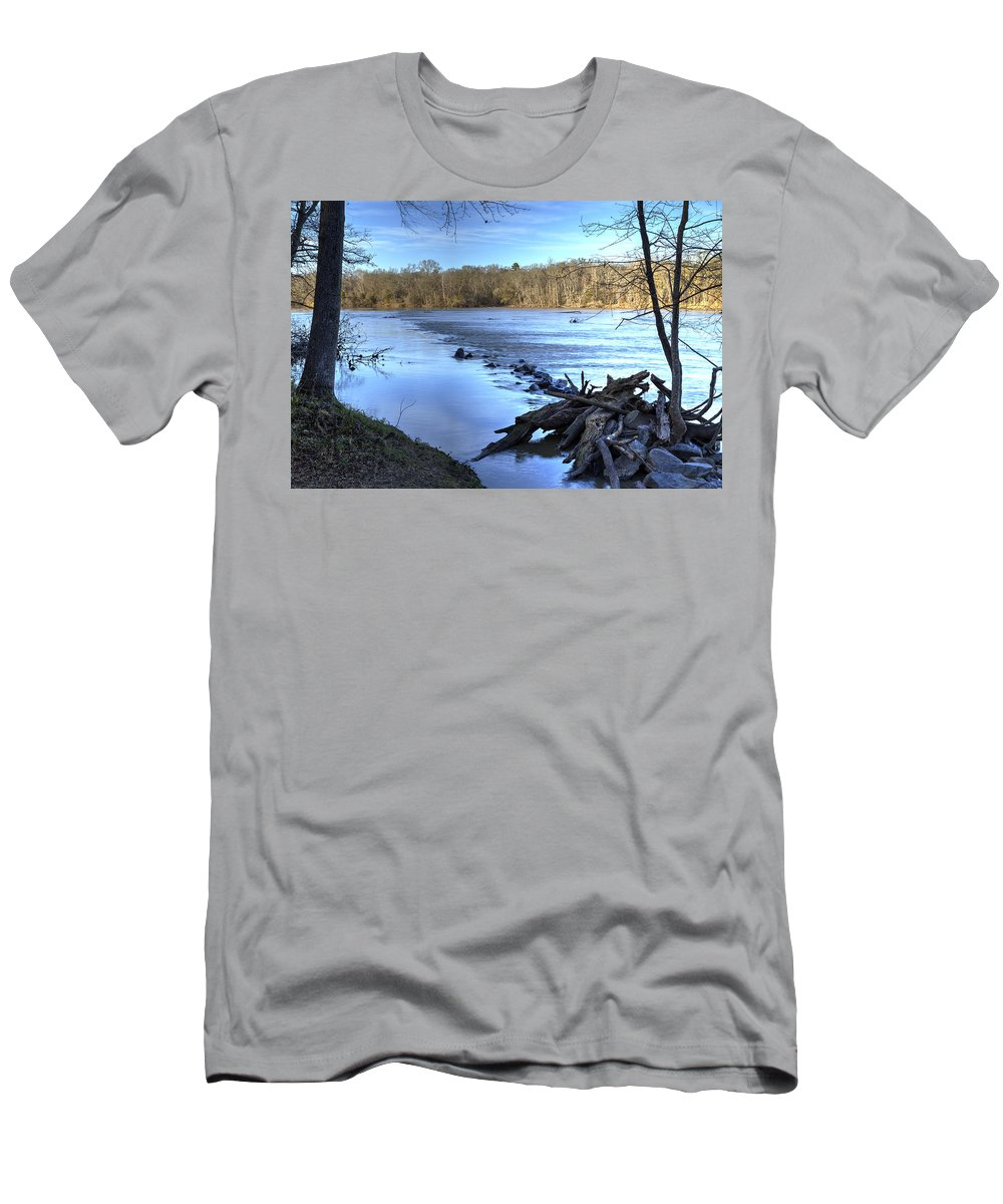 Water Men's T-Shirt (Athletic Fit) featuring the photograph Landsford Canal-1 by Charles Hite