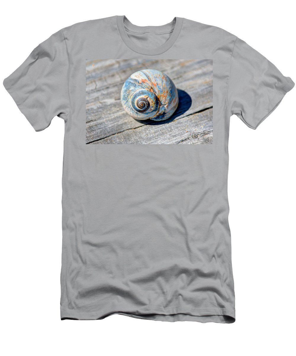 Massachusetts Men's T-Shirt (Athletic Fit) featuring the photograph Large Snail Shell by Laura Duhaime