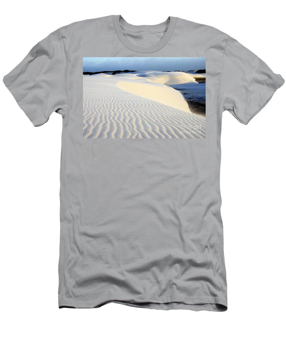 Lencois Maranhenses Men's T-Shirt (Athletic Fit) featuring the photograph Leoncois Maranhenses Beauty Of Sand by Bob Christopher