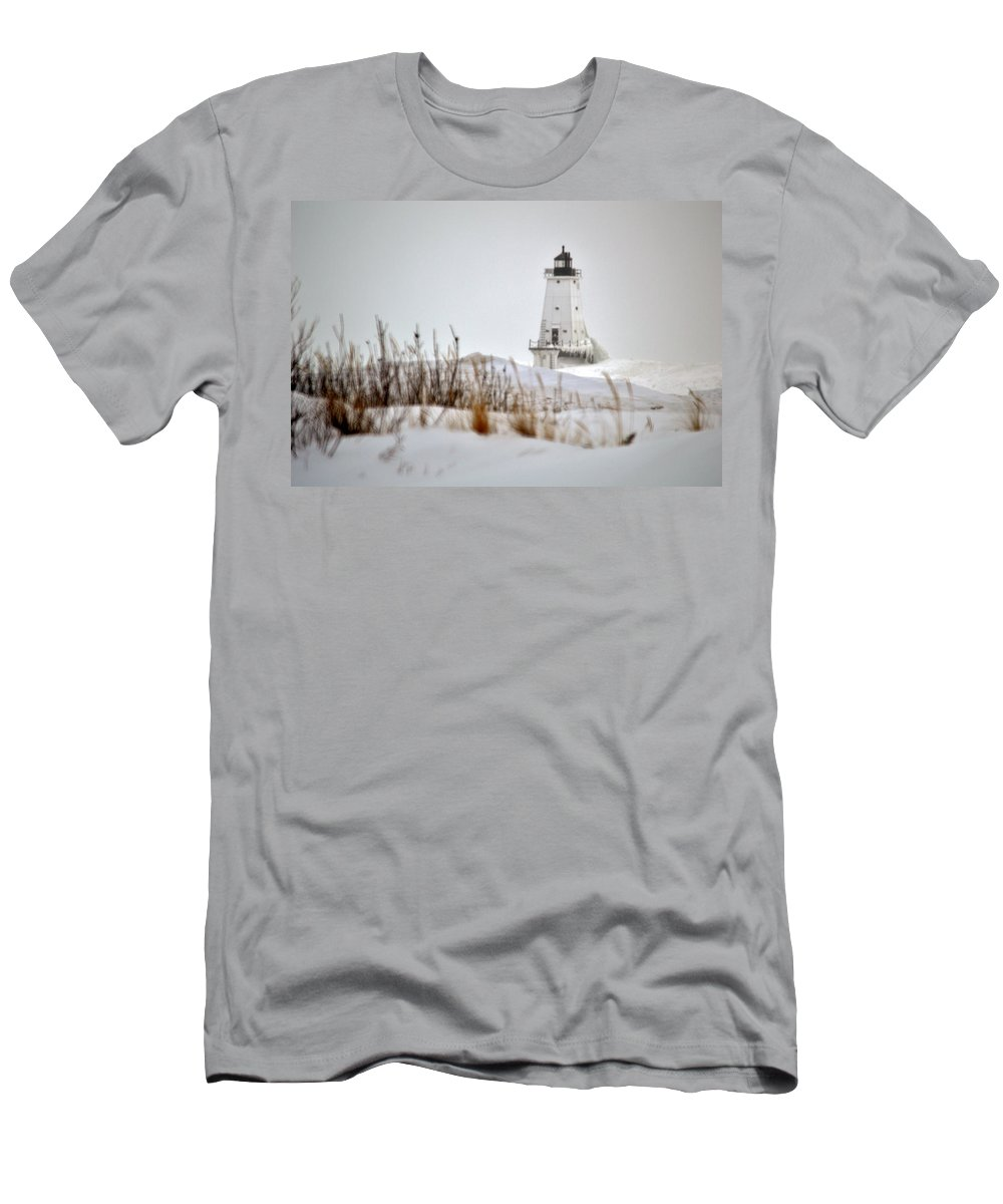 Lighthouse Men's T-Shirt (Athletic Fit) featuring the photograph Lighthouse In Winter by Linda Kerkau