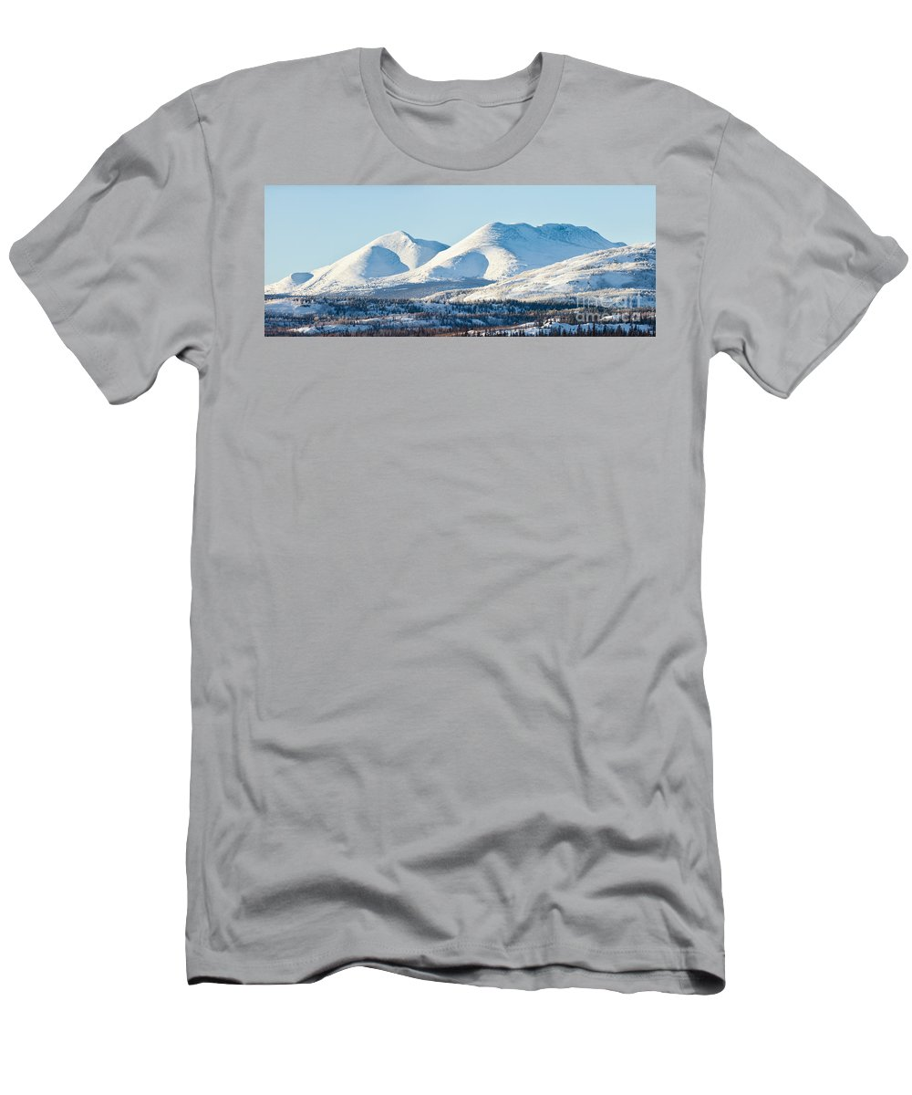 Alpine Men's T-Shirt (Athletic Fit) featuring the photograph Little Peak by Stephan Pietzko