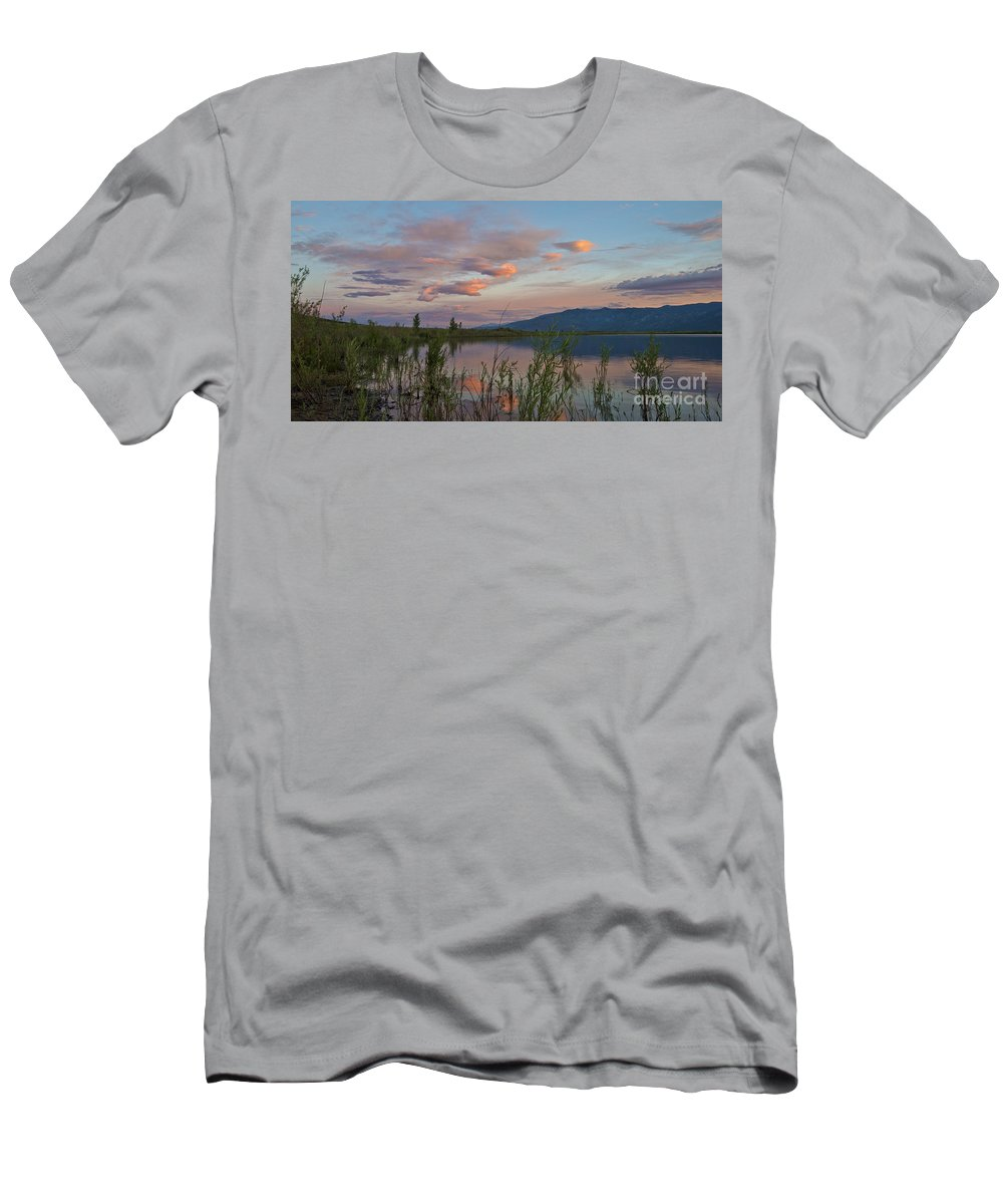 Sky Men's T-Shirt (Athletic Fit) featuring the photograph Little Washoe Sunset IIi by Dianne Phelps