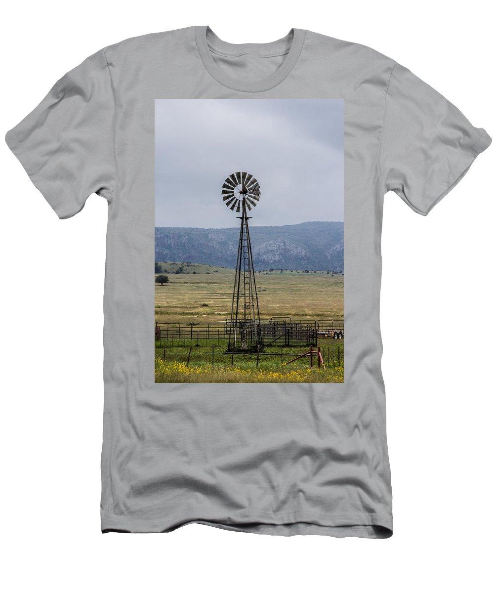 Windmill Men's T-Shirt (Athletic Fit) featuring the photograph Looking For The Wind by Renny Spencer