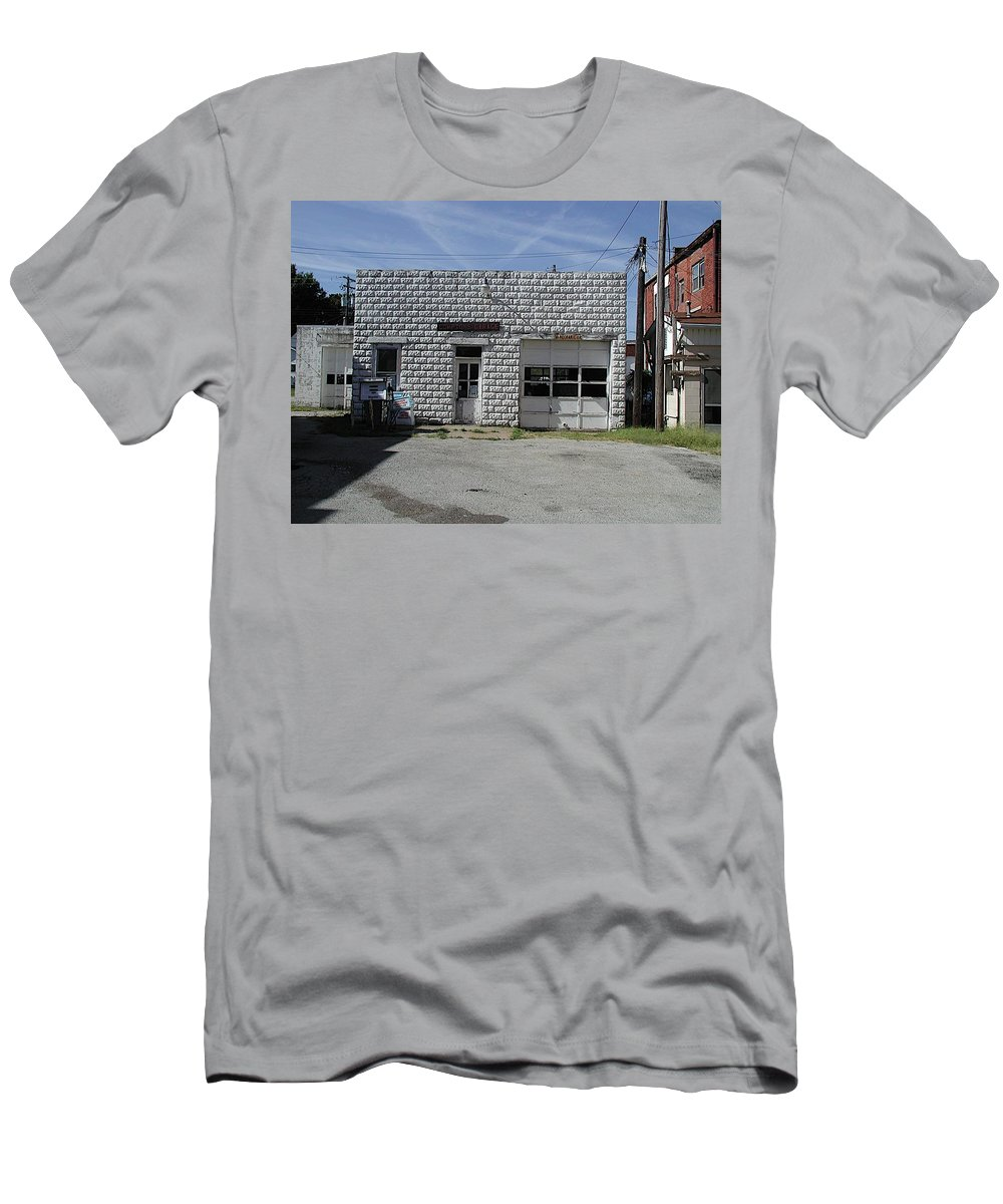 Car Repair Men's T-Shirt (Athletic Fit) featuring the photograph Mobil by Joseph Yarbrough