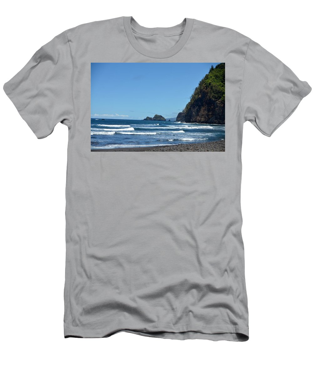 Kona Men's T-Shirt (Athletic Fit) featuring the photograph North Kona Shoreline by Amy Fose