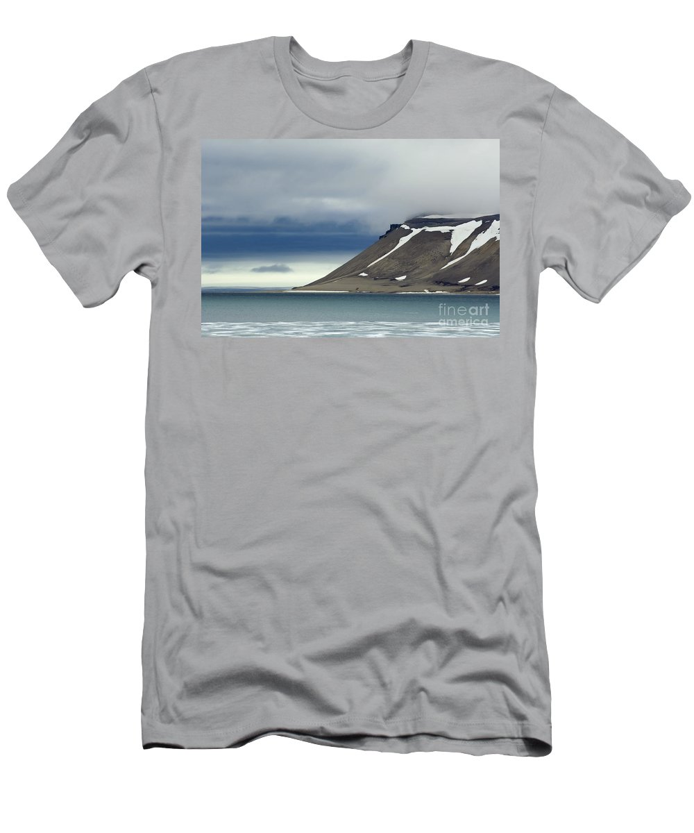 Island Men's T-Shirt (Athletic Fit) featuring the photograph Northern Island In Svalbard by John Shaw