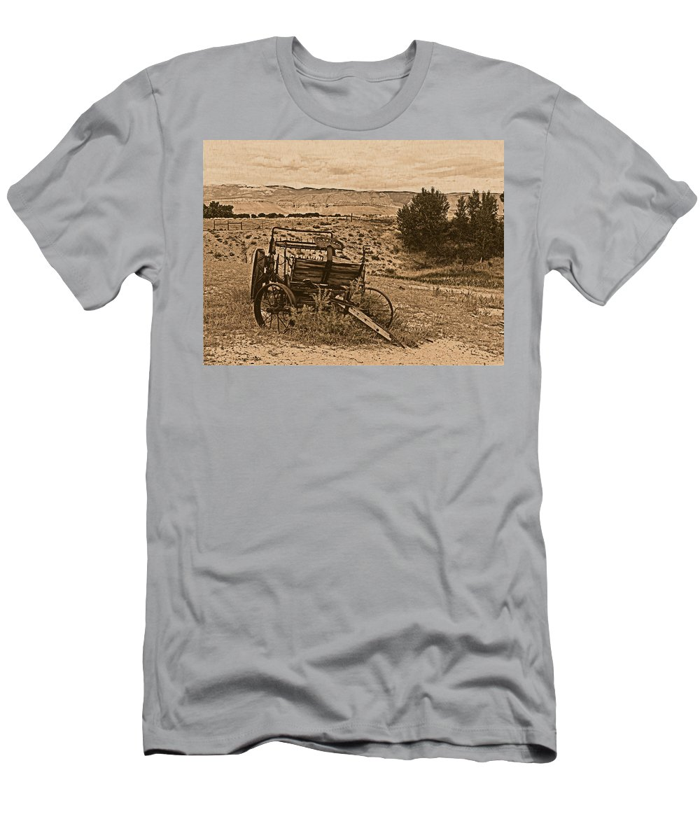 Aged Men's T-Shirt (Athletic Fit) featuring the photograph Old West Wagon by Leland D Howard