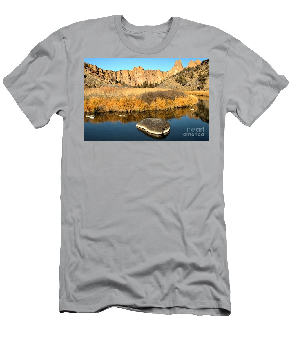 Smith Rock Men's T-Shirt (Athletic Fit) featuring the photograph Oregon River Rock Reflections by Adam Jewell