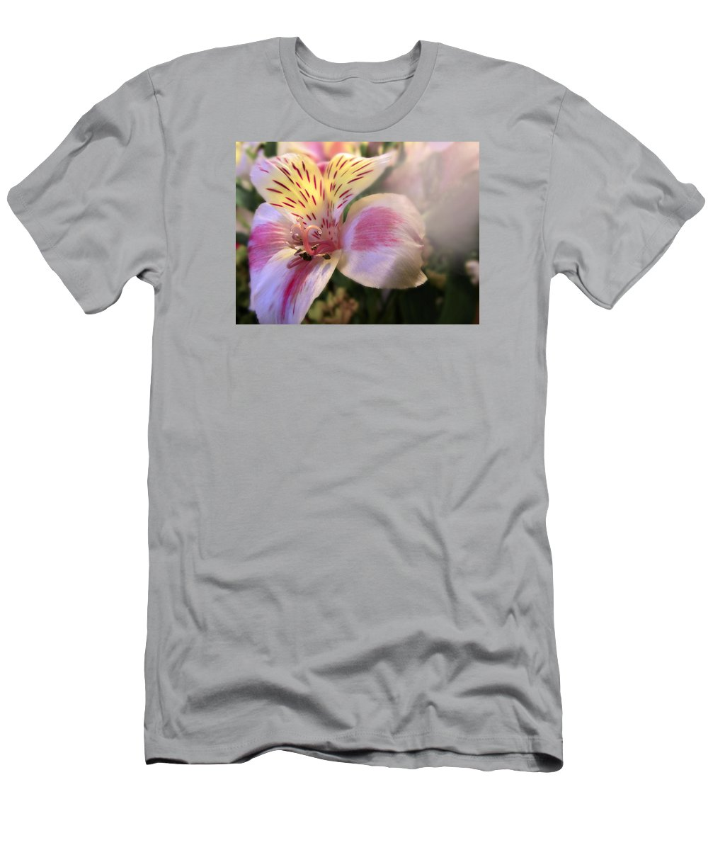 Pink Men's T-Shirt (Athletic Fit) featuring the photograph Pink Glow Lily by Susan McMenamin