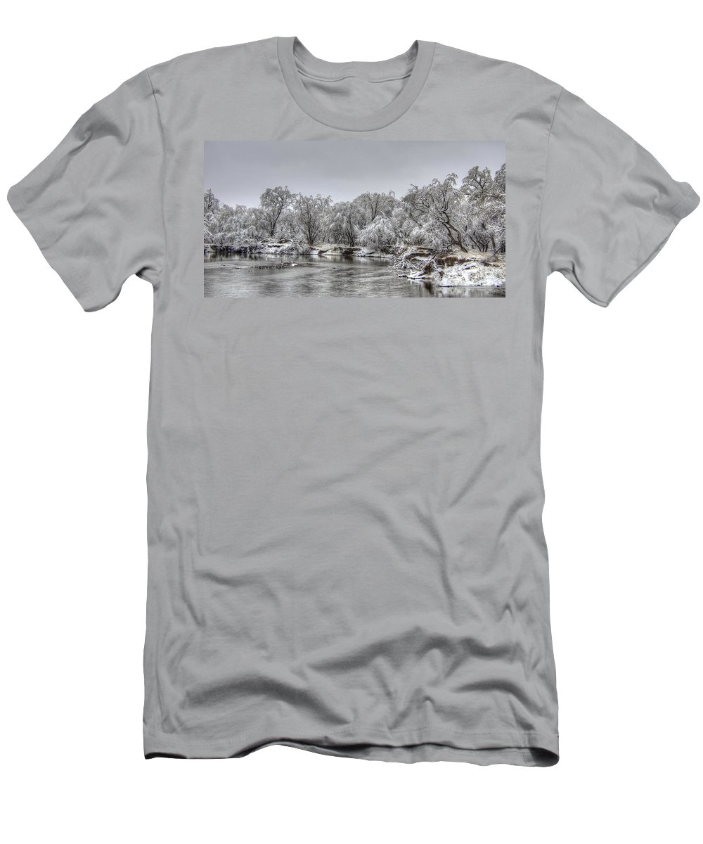 River Men's T-Shirt (Athletic Fit) featuring the photograph Quiet Time by M Dale