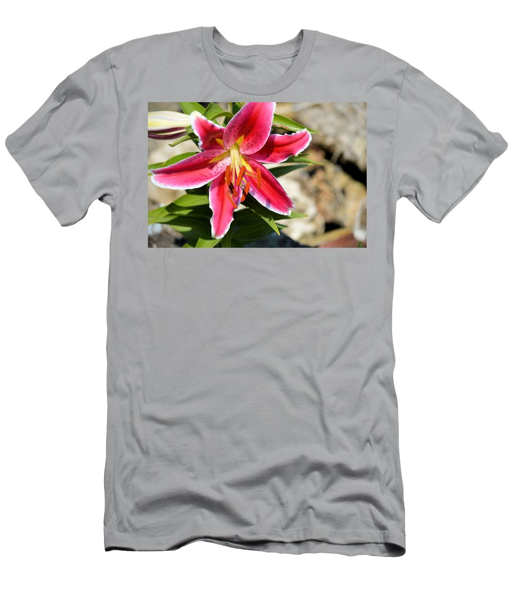 Flower Men's T-Shirt (Athletic Fit) featuring the photograph Red Lilly 8095 by Bonfire Photography
