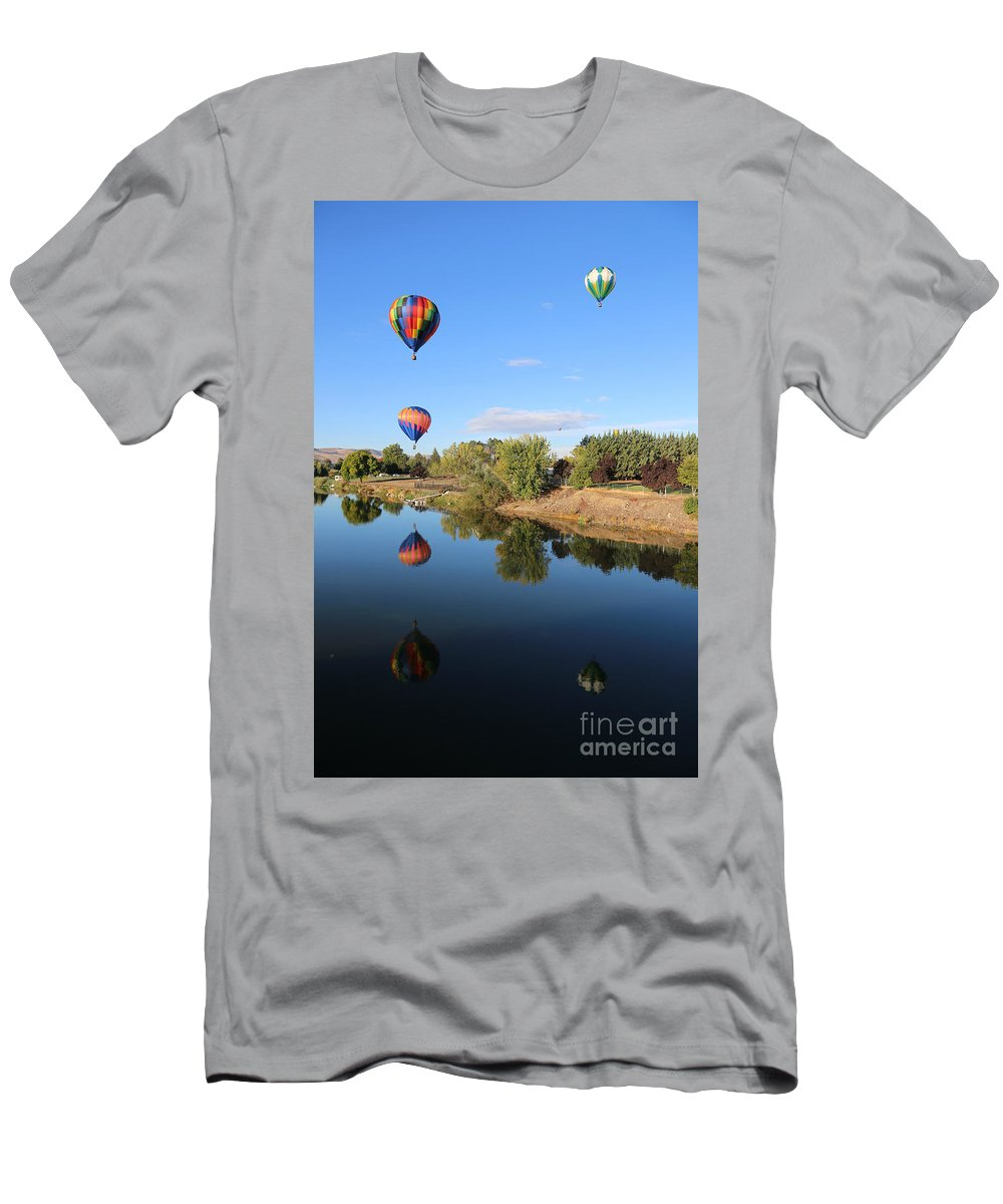Prosser Men's T-Shirt (Athletic Fit) featuring the photograph Reflection In Prosser by Carol Groenen