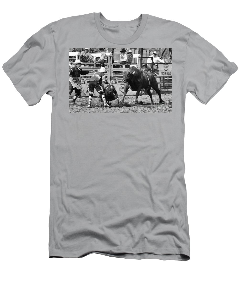Bull Riding Men's T-Shirt (Athletic Fit) featuring the photograph Rodeo Mexican Standoff by Bob Christopher