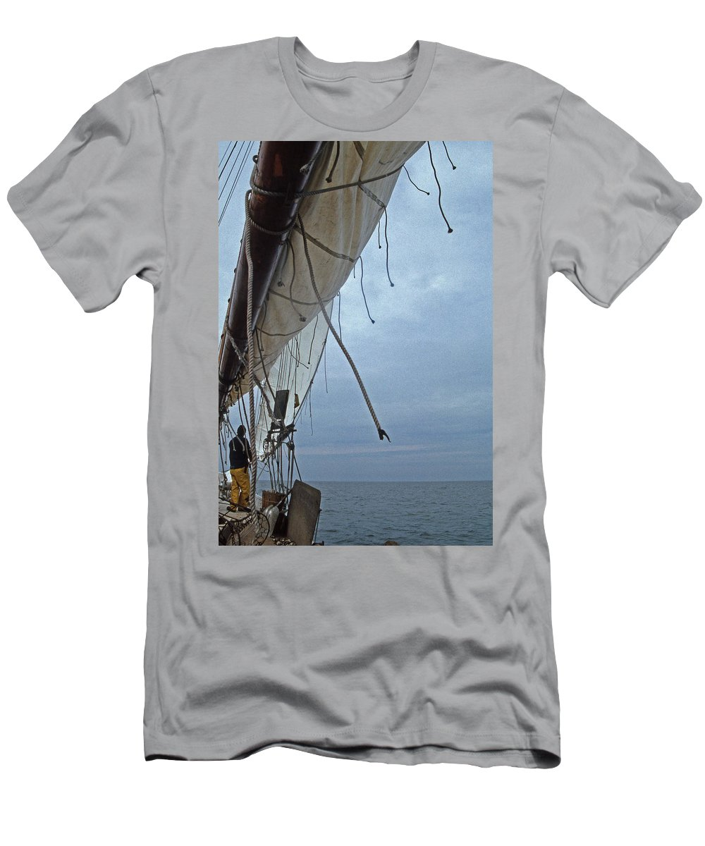 Skipjack Men's T-Shirt (Athletic Fit) featuring the photograph Sailing Skipjack by Skip Willits
