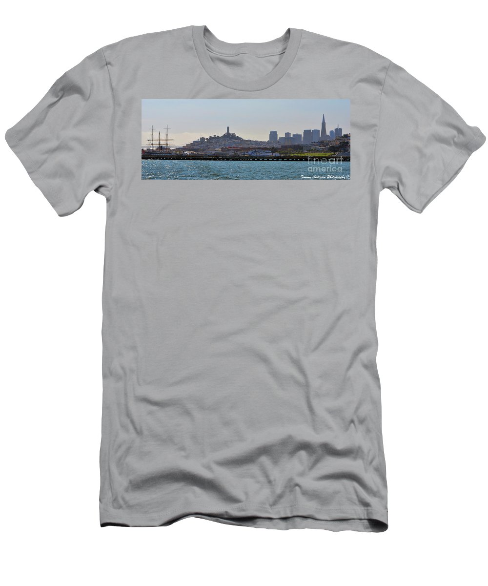 Skyline Men's T-Shirt (Athletic Fit) featuring the photograph San Francisco Skyline -2 by Tommy Anderson