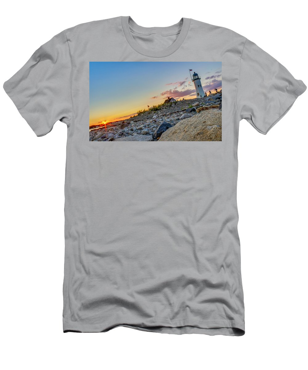 Men's T-Shirt (Athletic Fit) featuring the photograph Scituate Light by Dave Simmer