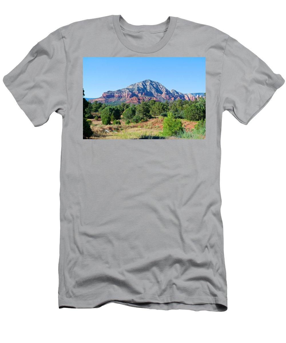Sedona Men's T-Shirt (Athletic Fit) featuring the photograph Sedona Mountains 15 by Richard J Cassato