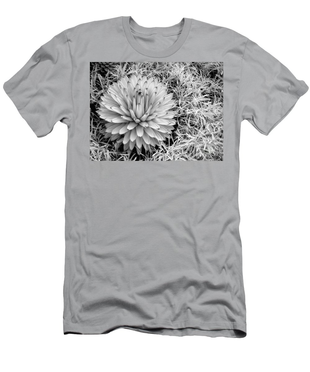 Ir Men's T-Shirt (Athletic Fit) featuring the photograph Spiky by Claudia Kuhn