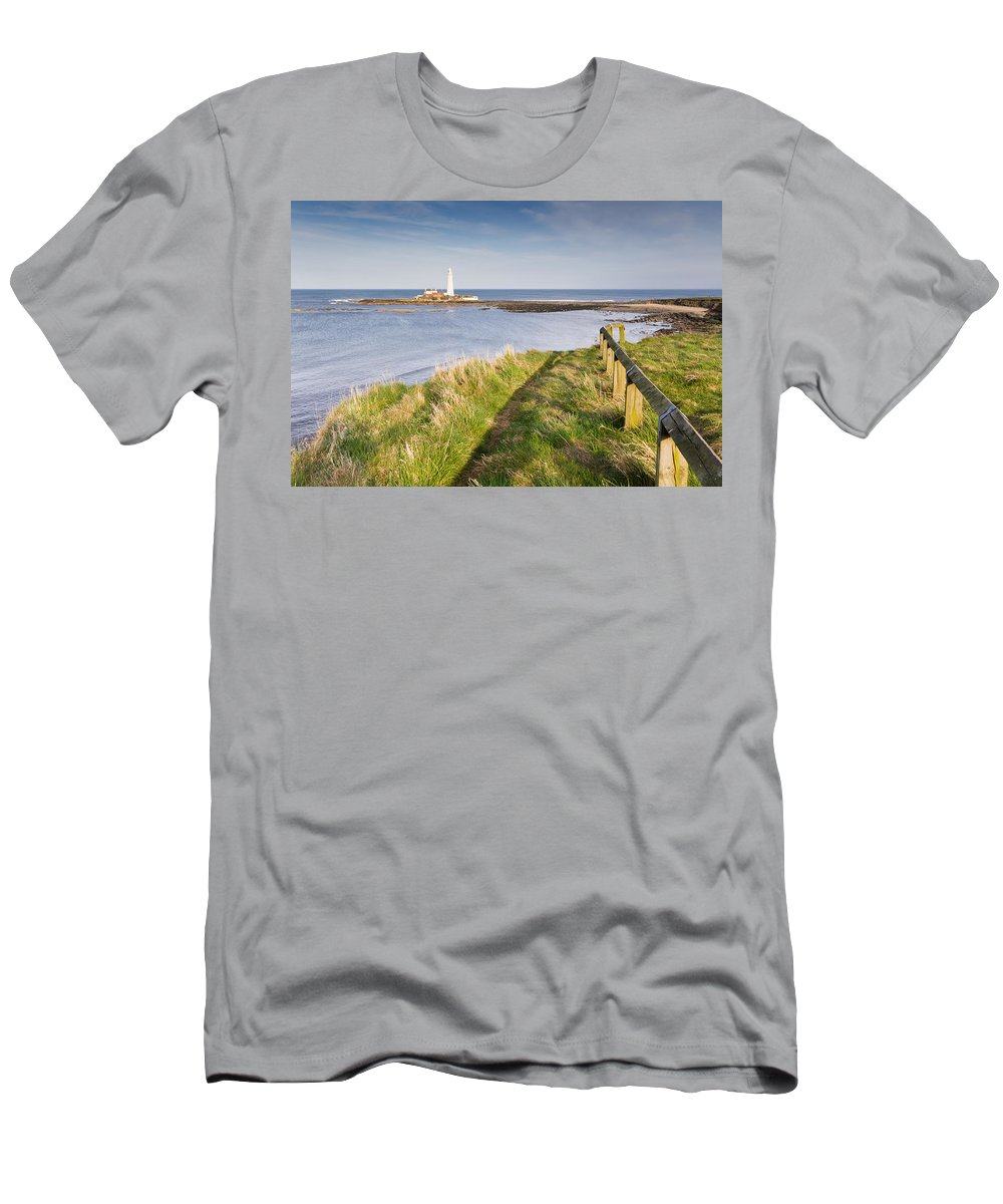 St Marys Lighthouse Men's T-Shirt (Athletic Fit) featuring the photograph St Marys Lighthouse From Cliff Top by David Head