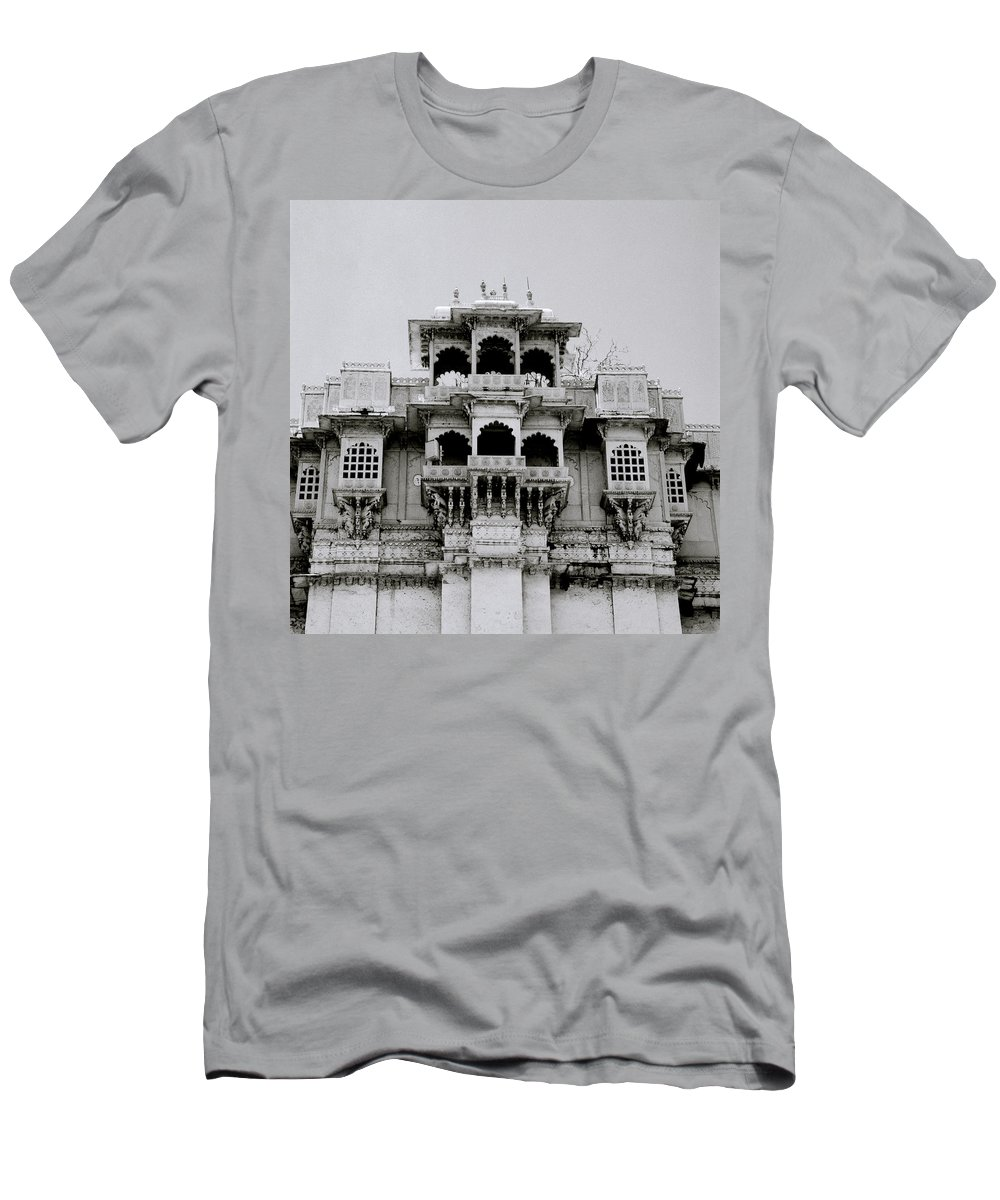 City Palace Men's T-Shirt (Athletic Fit) featuring the photograph Stark Udaipur by Shaun Higson