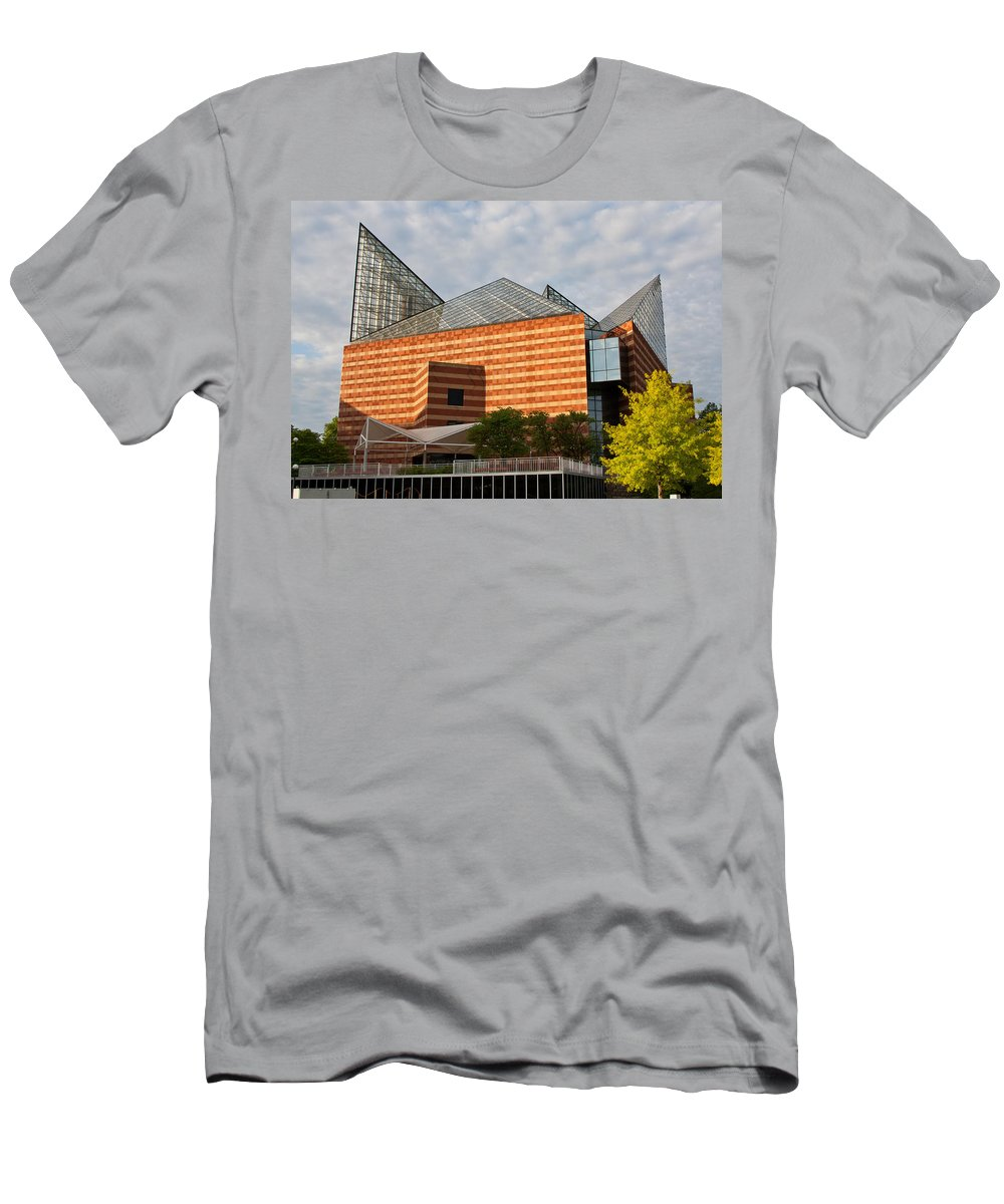 Tennessee Aquarium Men's T-Shirt (Athletic Fit) featuring the photograph Tennessee Aquarium by Melinda Fawver