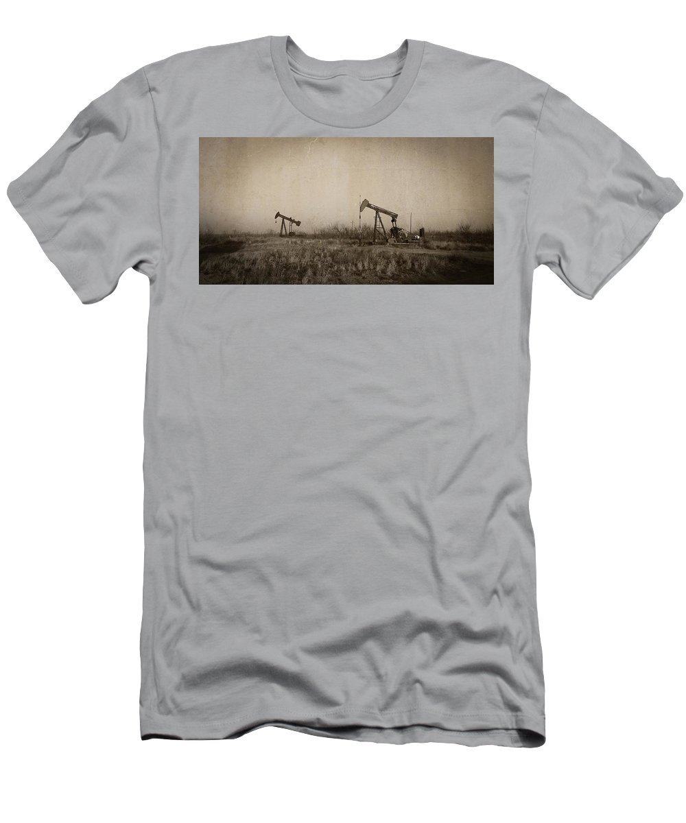 Oil Pumps Men's T-Shirt (Athletic Fit) featuring the photograph Texas Tea by Ken Smith