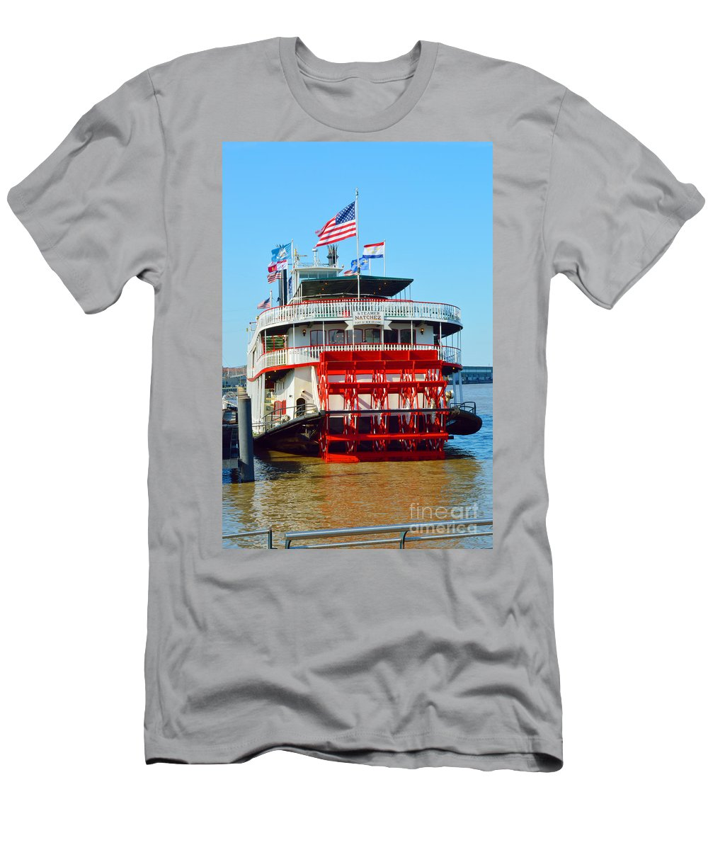 Mississippi River Men's T-Shirt (Athletic Fit) featuring the photograph The Natchez 1 by Alys Caviness-Gober