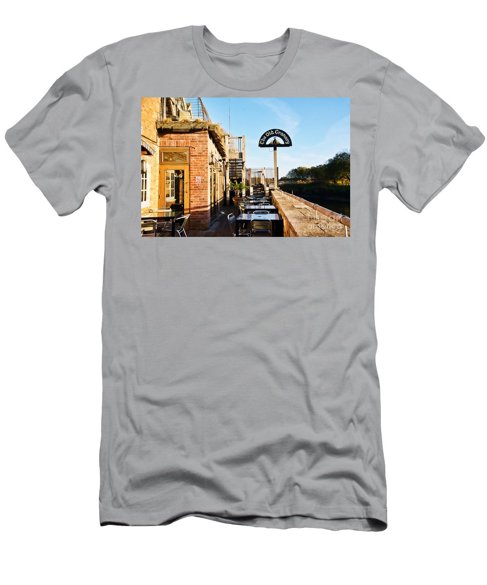 The Old Granary Men's T-Shirt (Athletic Fit) featuring the photograph The Old Granary At Wareham by Susie Peek