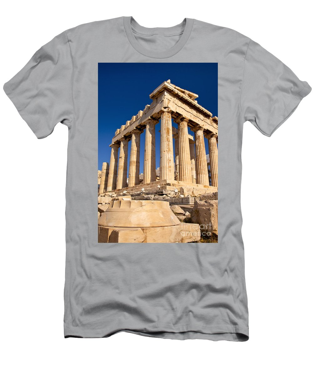 Parthenon Men's T-Shirt (Athletic Fit) featuring the photograph The Parthenon by Brian Jannsen
