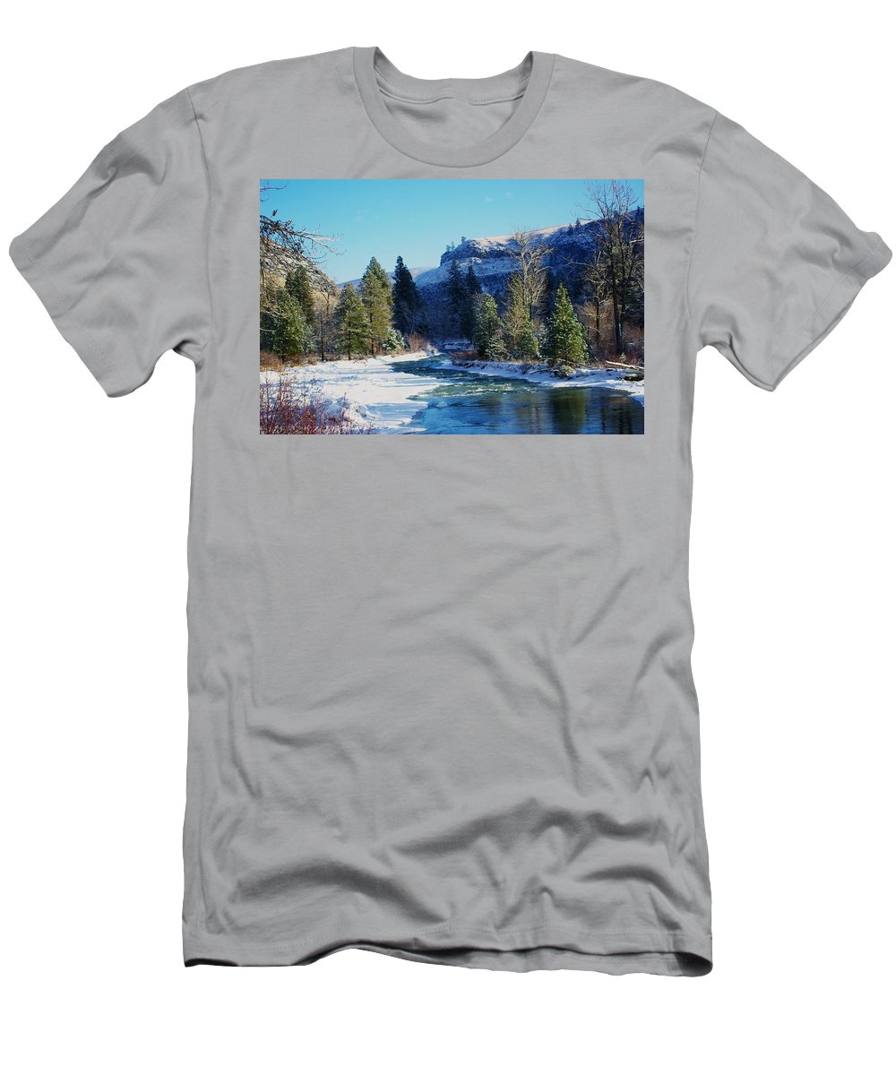 Rivers Men's T-Shirt (Athletic Fit) featuring the photograph The Tieton River by Jeff Swan