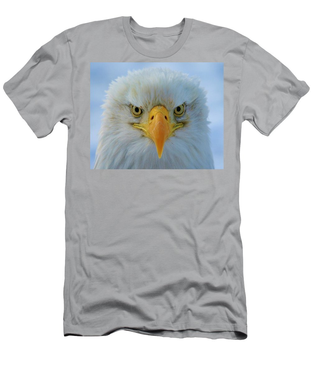 Eagle Men's T-Shirt (Athletic Fit) featuring the photograph This Is My Happy Face by Karen Jones
