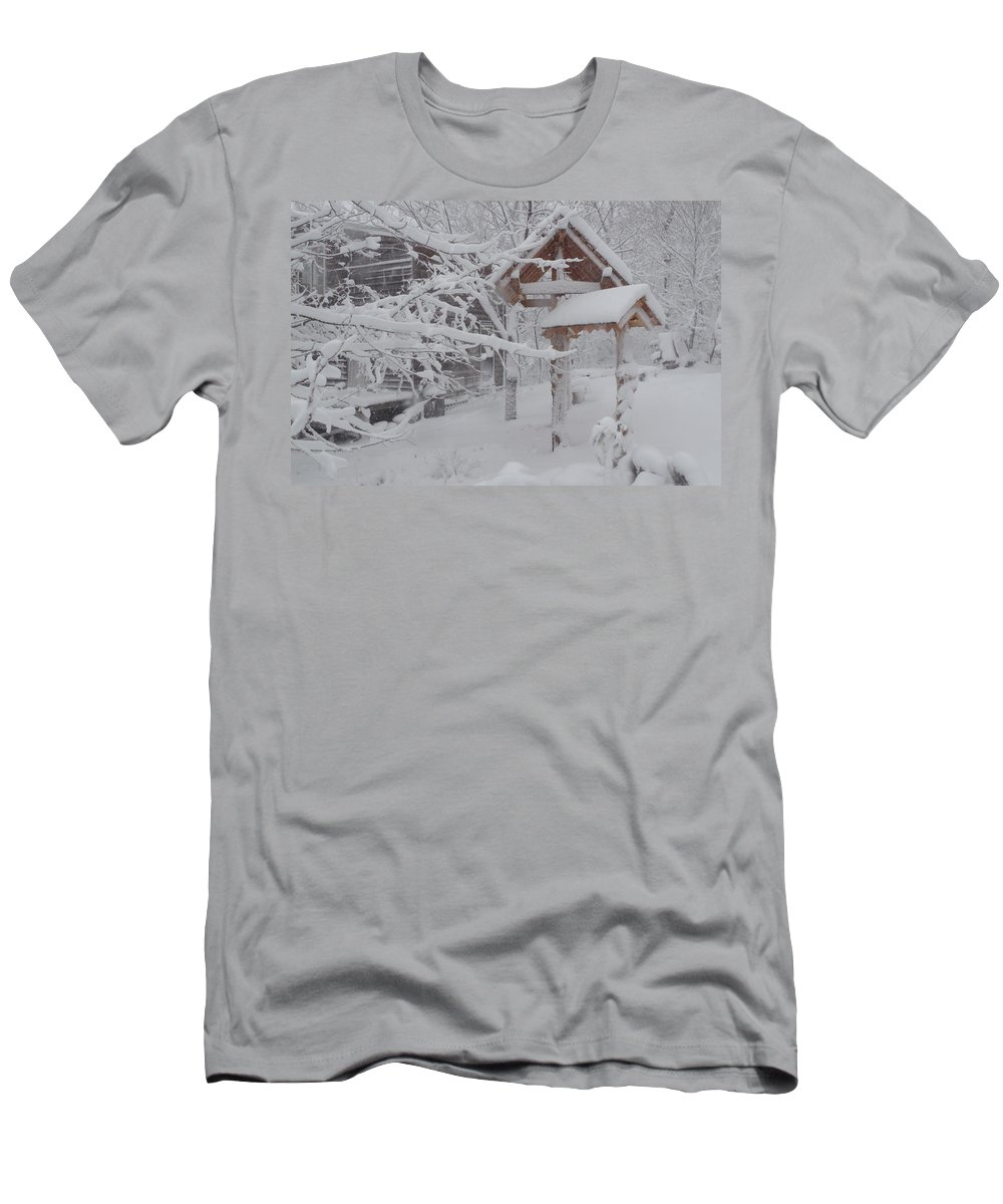 Photograph Men's T-Shirt (Athletic Fit) featuring the photograph Touch Of Color by Martin Bellmann