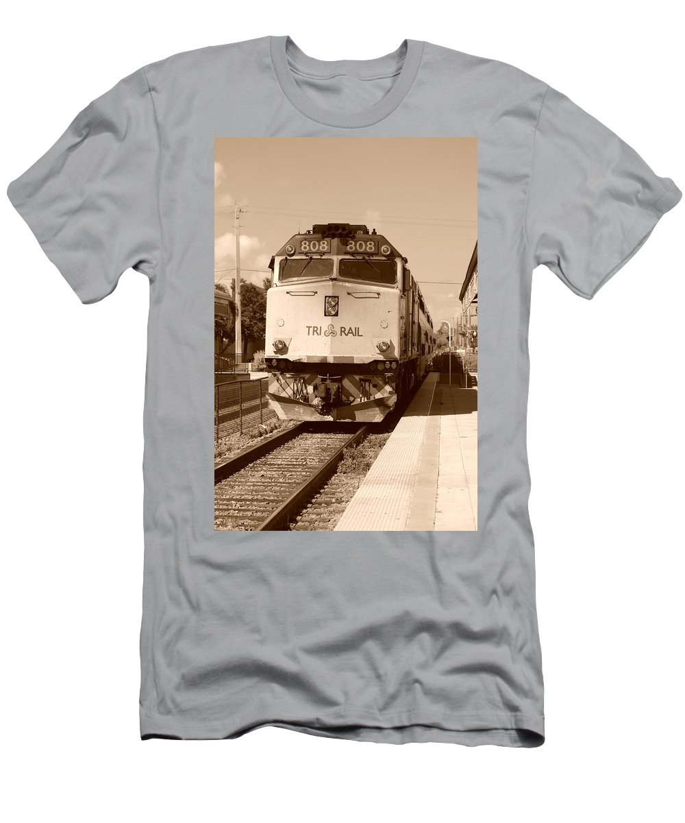 Train Men's T-Shirt (Athletic Fit) featuring the photograph Tri Rail 808 by Rob Hans