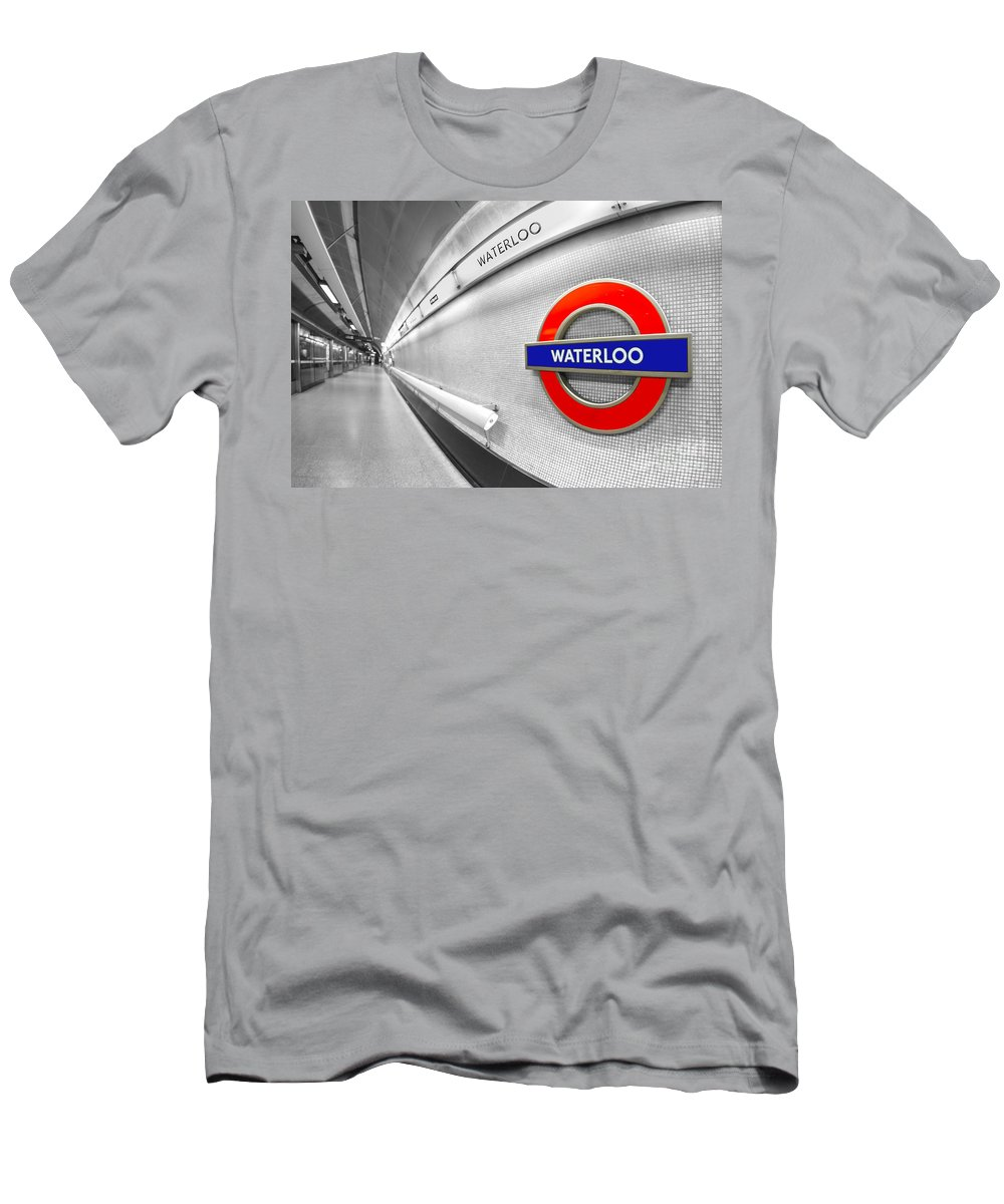Waterloo Men's T-Shirt (Athletic Fit) featuring the photograph Waterloo by Evelina Kremsdorf
