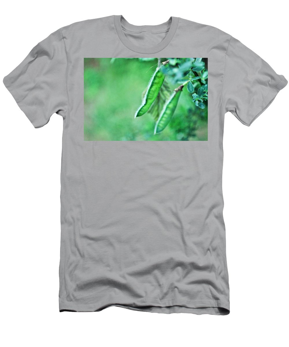 Pod Men's T-Shirt (Athletic Fit) featuring the photograph Wild Pods by Anna Burdette