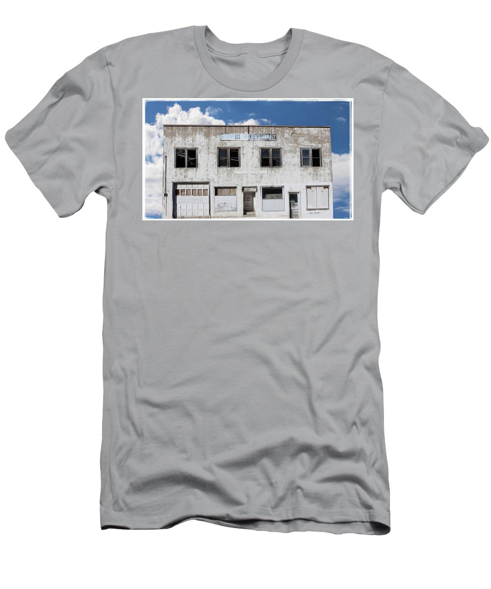 Woodgate Building Men's T-Shirt (Athletic Fit) featuring the photograph Woodgate Building by Sylvia Thornton