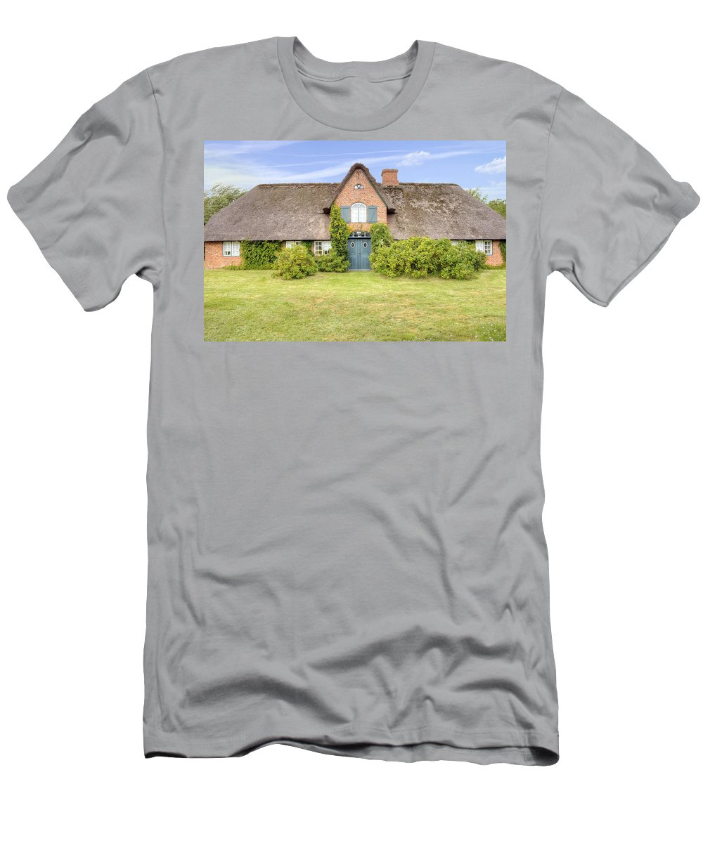 Frisian House Men's T-Shirt (Athletic Fit) featuring the photograph Braderup - Sylt by Joana Kruse