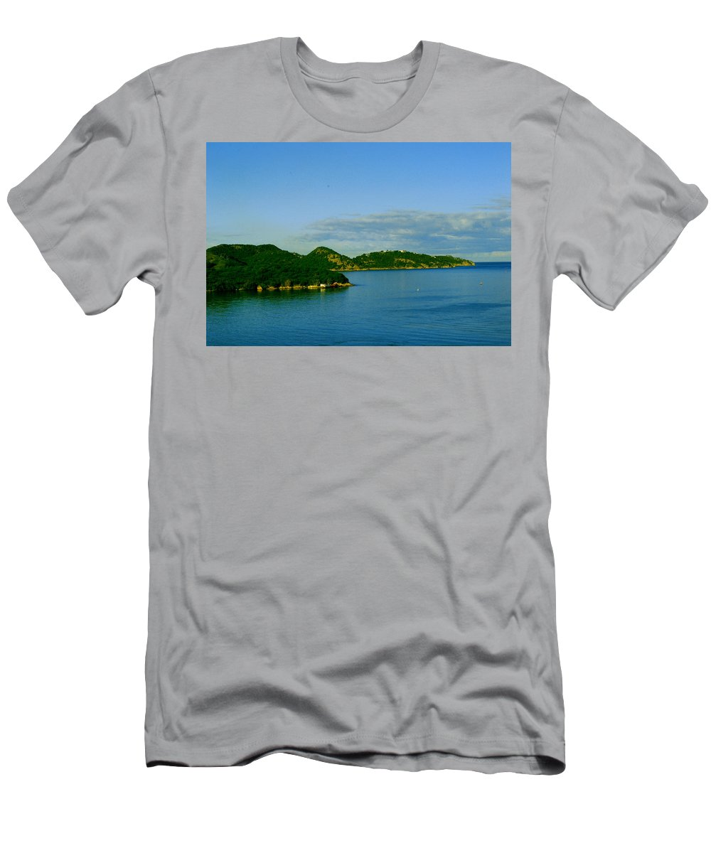 Caribbean Island Men's T-Shirt (Athletic Fit) featuring the photograph Island Paradise by Gary Wonning