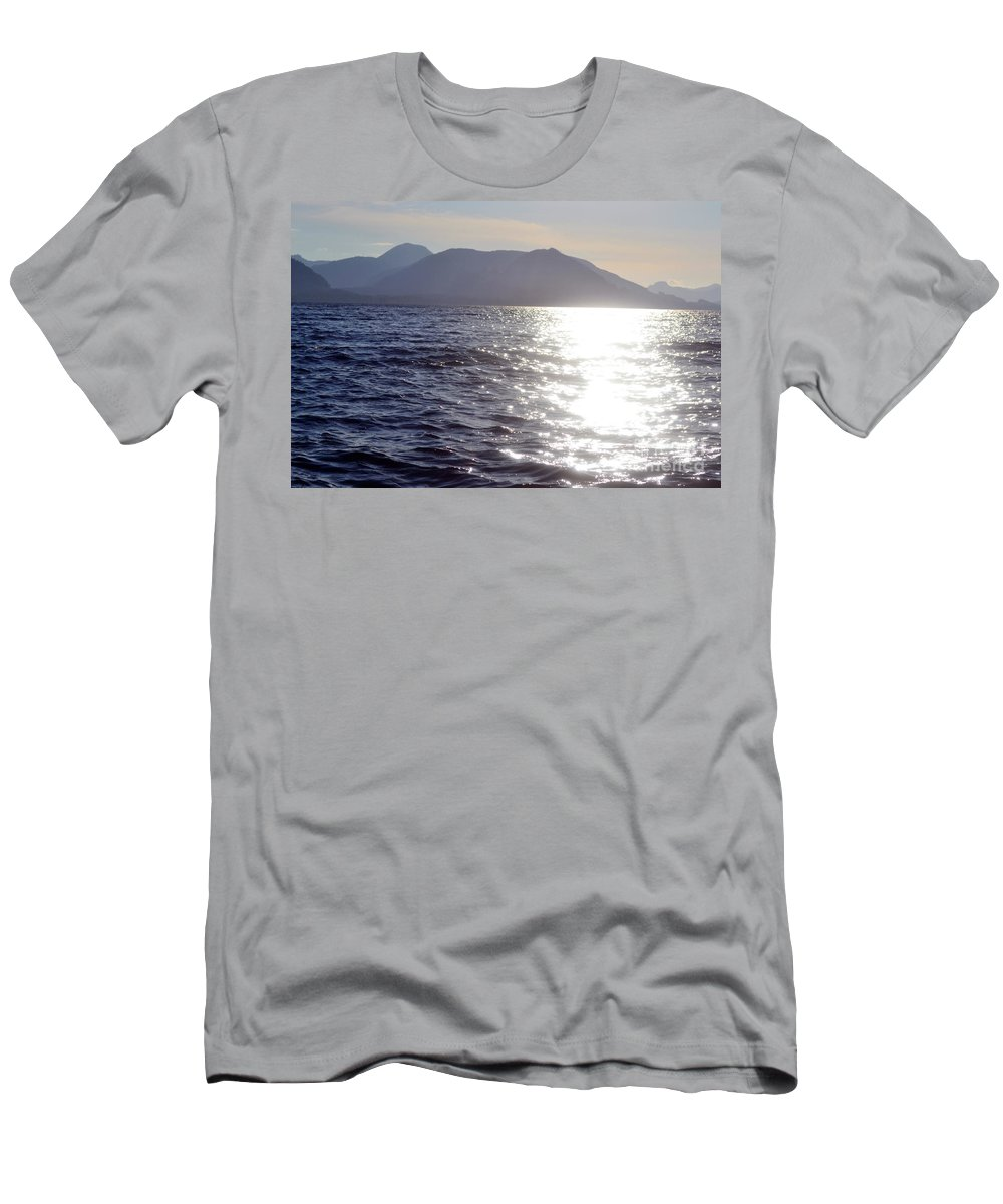 Ocean Men's T-Shirt (Athletic Fit) featuring the photograph Peace by Traci Cottingham