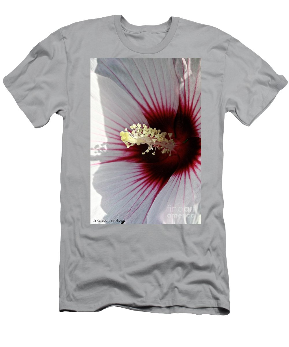 Plant Men's T-Shirt (Athletic Fit) featuring the photograph Ruby And White Hibiscus by Susan Herber